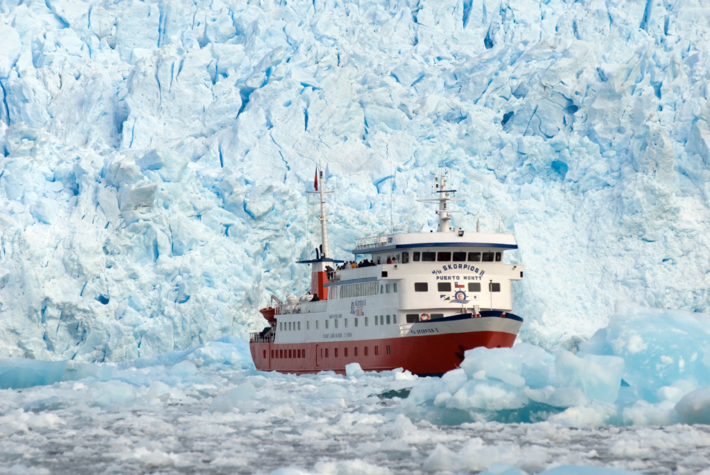 Patagonia Cruise, an exclusive website to enjoy best Cruises in Patagonia